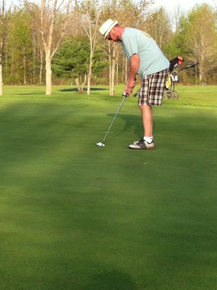 I putt for birdie on No. 15 at Northern Pines. Nope. Short. (Photo by Bird)