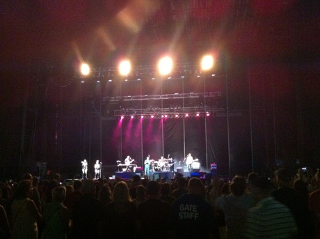 Pat Monahan and mates, at our eye level.
