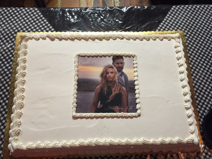 Yes, that's the Castle Creek album cover on a cake.