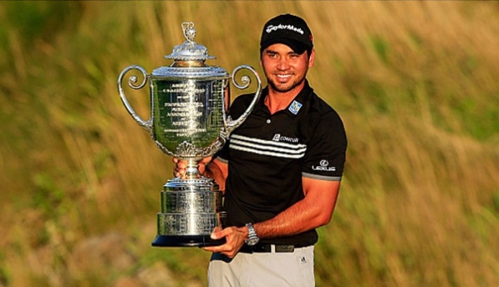 Jason Day with the Wanamaker Trophy after winning his first PGA golf major. (David Cannon/Getty Images)