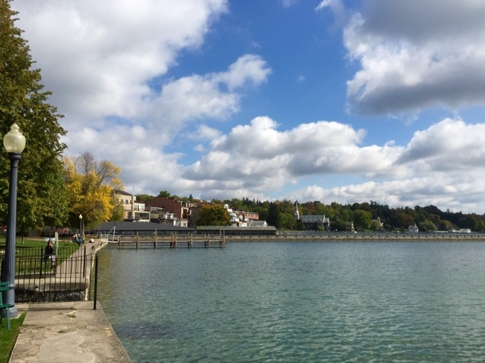 The public shoreline of the beautiful Skaneateles Lake.
