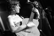 Jen Chapin plays a Syracuse show in 2013. (Photo by Tom Honan)