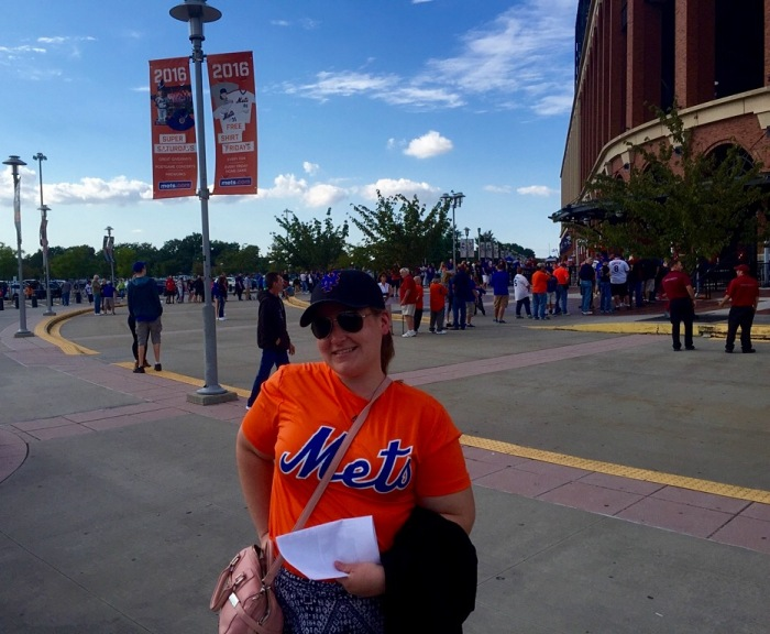 Elisabeth visits the Mets' stadium for the first time.